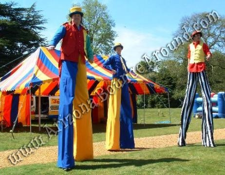 Hire Carnival stilt walkers in Phoenix Arizona