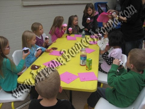 kids table and chair rental in phoenix and scottsdale, arizona