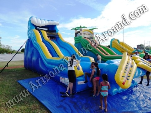 19' Tall Wipe Out Water Slide Rental